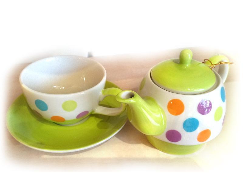 Teiera con tazza e piatto sottotazza in ceramica Una Tazza a Pois